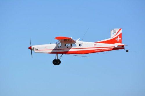 Cornel flyg 1